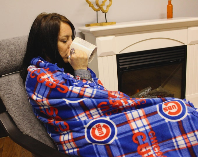 Chicago Cubs fleece, cubs blanket, chicago cubs plaid blanket, MLB no sew fleece, World Series Champs, Cubs weighted fleece blanket