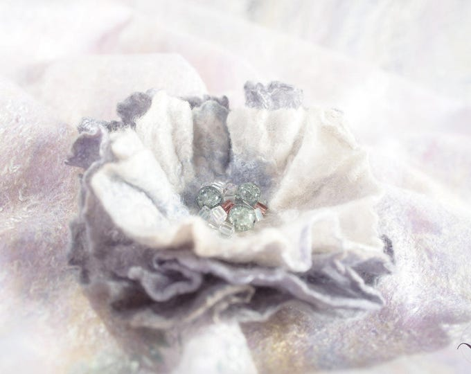 Wool Silk Brooch Felted Retro Style Wedding Floral Pin Jewelry Evening Dress Hat Bridal Accessories Felt Scarf Flower Pin Personalized Gift