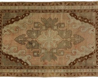 Vintage Turkish Oushak Rug With Mid Century Modern Style In Muted Colors, 7u0027