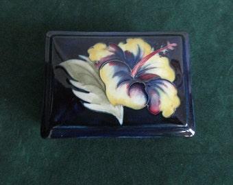 Beautiful Moorcroft Dresser Box with Hibiscus Flower Design