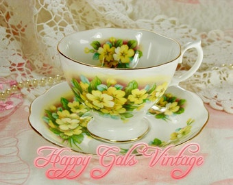 Yellow Teacup / Yellow Tea Cup / Yellow Flower Tea Cup / Yellow Flower Teacup / Cinquefoil Flower Teacup / Little Yellow Flowers Teacup Gift