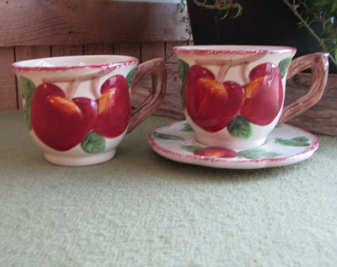 Vintage Apple Coffee Mugs Two (2) Cups and a Saucer Cracker Barrel