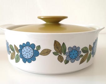 J&G Meakin 'Topic' Serving Dish / Lidded Tureen/ Retro 1960s Floral