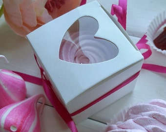 Lot of 12 or 48 pcs White Heart Shaped Window single PVC cupcake Kraft Craft Packing Paper Boxes With Ribbon