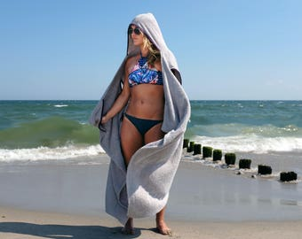 Perfect Beach Towel - The Howel - Adult Hooded Towel for Adults That Can Be Worn as a Robe - 15% OFF + FREE  SHIPPING + Sunglassess!