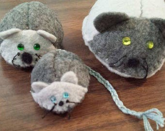 Hand made Mouse Family Pincushions