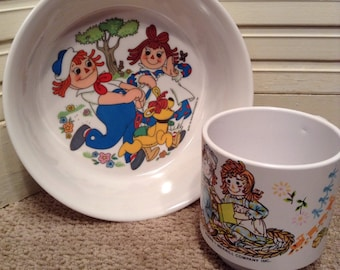 Oneida Ware Raggedy Ann and Andy Bowl and Cup - Deluxe Oneida Ware - 1969 The Bobbs - Merrill Company Inc. - Unused