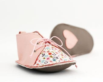 SPRING modern baby shoes in genuine soft leather and cotton