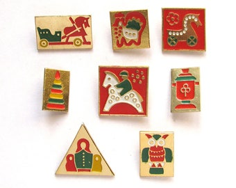 Russian folk art, Set of 8 badges, Traditional toy, Wooden toy, Vintage collectible badge, Pin,  Russia, Soviet Union, USSR, 1980s