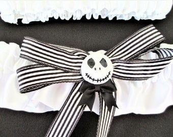 Nightmare Before Christmas Wedding Garter Set, Jack Skellington Wedding. White Wedding Garter Set
