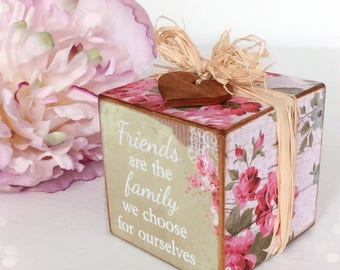 Shabby Chic Wooden Fridndship Cube...