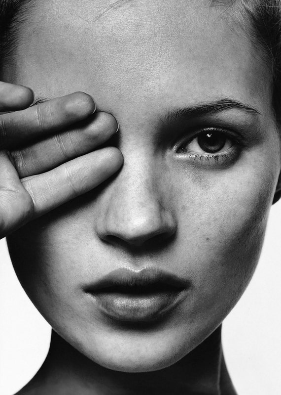 "Kate Moss Hand over Eye Super Model Sexy Poster, Art B&W Print, High Quality Artwork, Home Deco, Art Print, Fashion Art Size 13x20"" 24x36"""