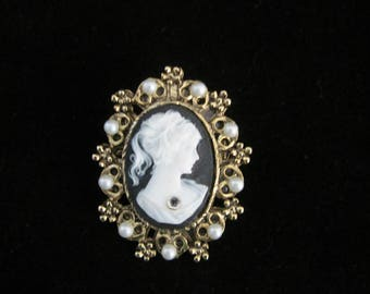 Victorian Cameo Brooch/Pendant- goldtone filigree openwork border & 9 faux pearls. Portrait of lady, black backdrop. Great Mothers Day gift!