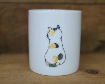 Hand painted animal mug cup - Cute  mug cup -Cat  mug cup- unique mug- Cute Cat - backside cat