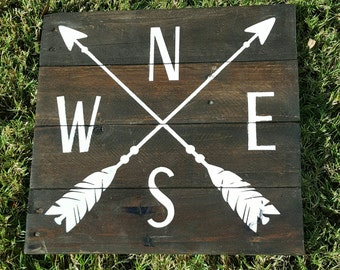 Arrow Compass Sign - Rustic arrow decor - pallet sign - Arrow pallet sign - Compass sign - crossed arrows - wood sign - direction sign