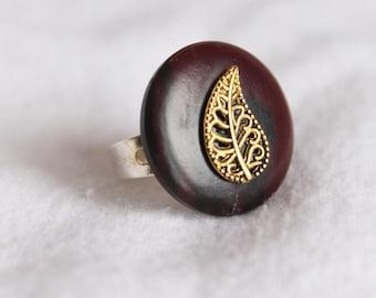 Gold Leaf Adjustable Button Ring