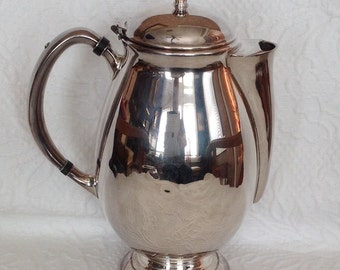 Vintage Hi-Light Oneida Community Silver Plate Pitcher