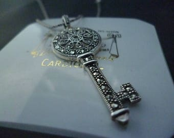 """Stunning sparkly silver and marcasite key pendant necklace - 925 - sterling silver - 23"""" necklace - 2"""" pendant"""