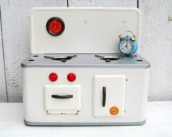 Dolls Kitchen, Dollhouse Kitchen Stove, Metal Toy, Play Stove Oven 50s made in Germany