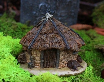 Thatched Roof Fairy House 4