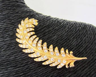 Genuine SWAROVSKI Swan signed crystal FEATHER/QUILL pin ~lovely, vintage costume jewelry