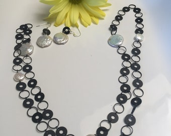 Circle Coin Pearl Necklace