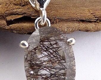 PENDANT QUARTZ RUTILE in quartz, rutil quartz jewelry, gem stone pendant natural care minerals GH45.2