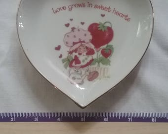Strawberry Shortcake Heart Plate