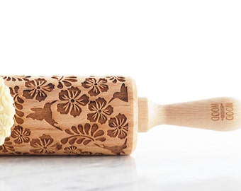 HUMMINGBIRDS - embossed, engraved rolling pin for cookies