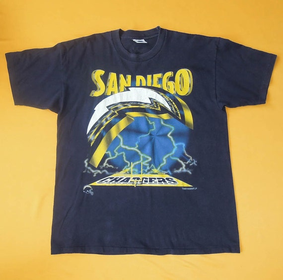 San Diego Chargers Apparel: San Diego Chargers T Shirt XL Vintage NFL Football Merchandise