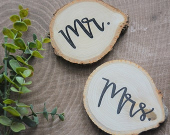 Mr and Mrs Wooden Coasters// Rustic Wooden Coasters// Wedding Decor// Gift for the Couple// Rustic Drinkware// Valentine's gift for her/