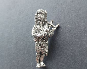 Scottish Bagpiper Brooch / Gift for guys / Highland Pewter Pin / Handmade and Designed in Scotland by SJH Designs