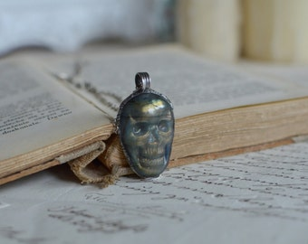 LABRADORITE skull necklace, labradorite pendant, gemstone necklace, old silver pendant, morbid jewelry, occult necklace, carved, wiccan