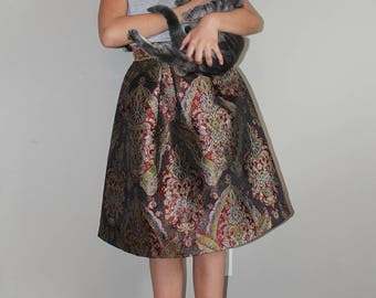VTG Colorful Luxurioux Pleated POIS Brocade Skirt