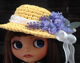 Blythe Raffia Crochet Hat with Ribbon and Flowers