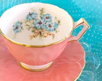 Vintage Aynsley Tea Cup, Crocus Shape Tea Cup, Aynsley Bone China Teacup Set, Tea Cup, Bridal Shower Tea,Wedding Gift,