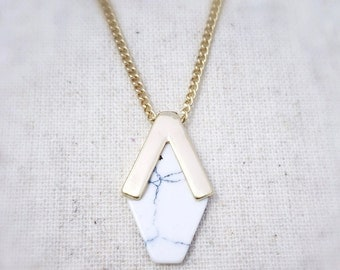 Marble necklace, marble jewelry, white marble necklace, white howlite necklace, white marble jewelry, white howlite necklace, white marble