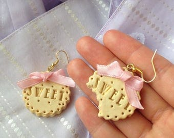 Cookie Earrings, Cute Earrings, Kawaii Earrings, Food Jewellery, Sweets Earrings, Biscuit- pink bow