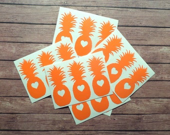 30 Pineapple stickers with heart, pineapple decals, pineapple envelope seal, removable wallpaper, Hawaii stickers, wedding invitation