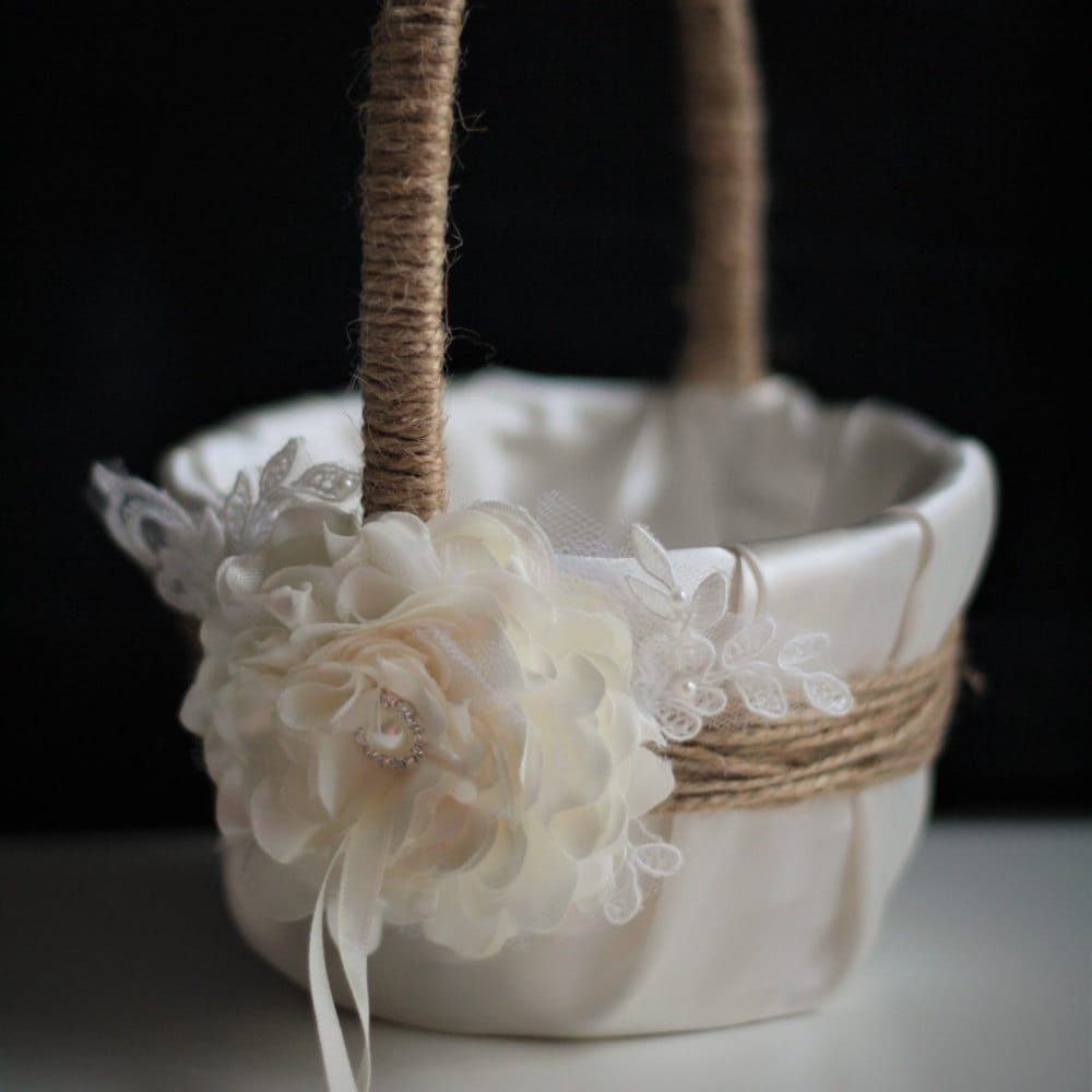 Wedding Baskets For Flower Petals : Rustic flower girl basket wedding