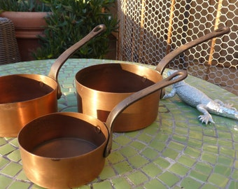 3 small pans in copper sleeve in old iron of France french massif