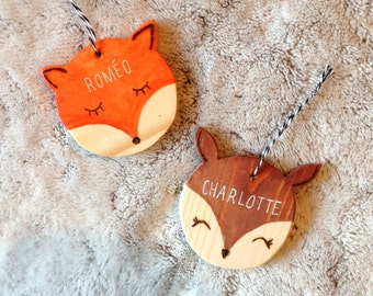 Deer or Fox, customizable name, wooden decoration to hang or suspend in a child's room.