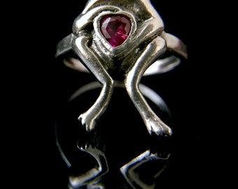 Sterling Silver Frog Ring With Red Stone, Size 6