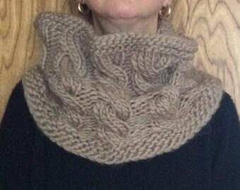 Snood knitwear, neck, collar, cowl knitting