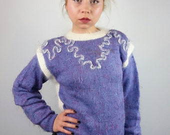 Vintage 80's Handmade Knit Jumper w. Embroidery in Purple