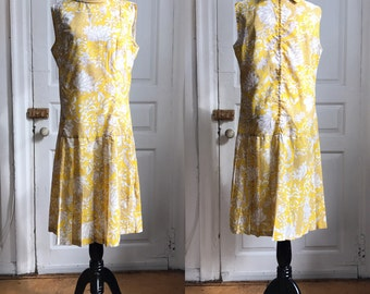 1960s / 60s Vintage Yellow Paisley Mod Day Dress by Carol Brent • Size L/XL