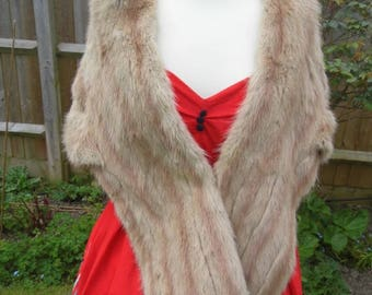 1940s real fur stole by Whitneys Famous furs
