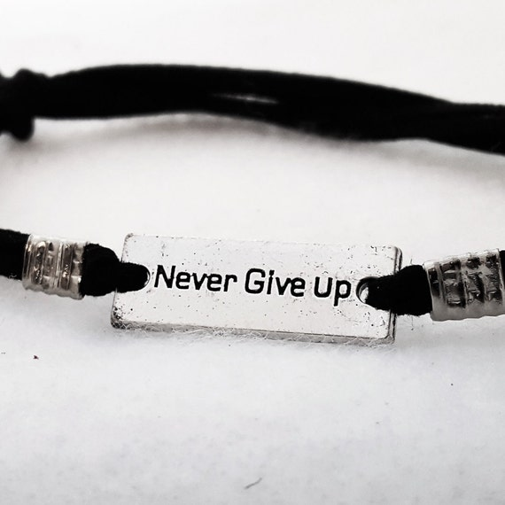 NEVER Give Up Charm, Bar Charm Leather Bracelet, CrossFit Jewelry, Sports Team Gift, Fitness Jewelry, Motivational Jewelry, Word Quote Charm