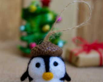 SALE Felted wool penguin Ornament Christmas Mini needle felted penguin Needle felted animal Penguin ornament Toy Christmas tree decoration