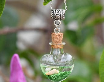 Small glass bottle necklace-glass vial necklace, wish bottle necklace, beach jewelry for women, sea necklace pendant, gift for her under 25